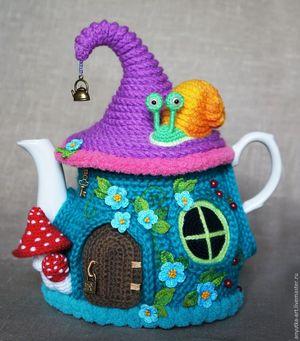 Вяжем украшение - грелку на чайник