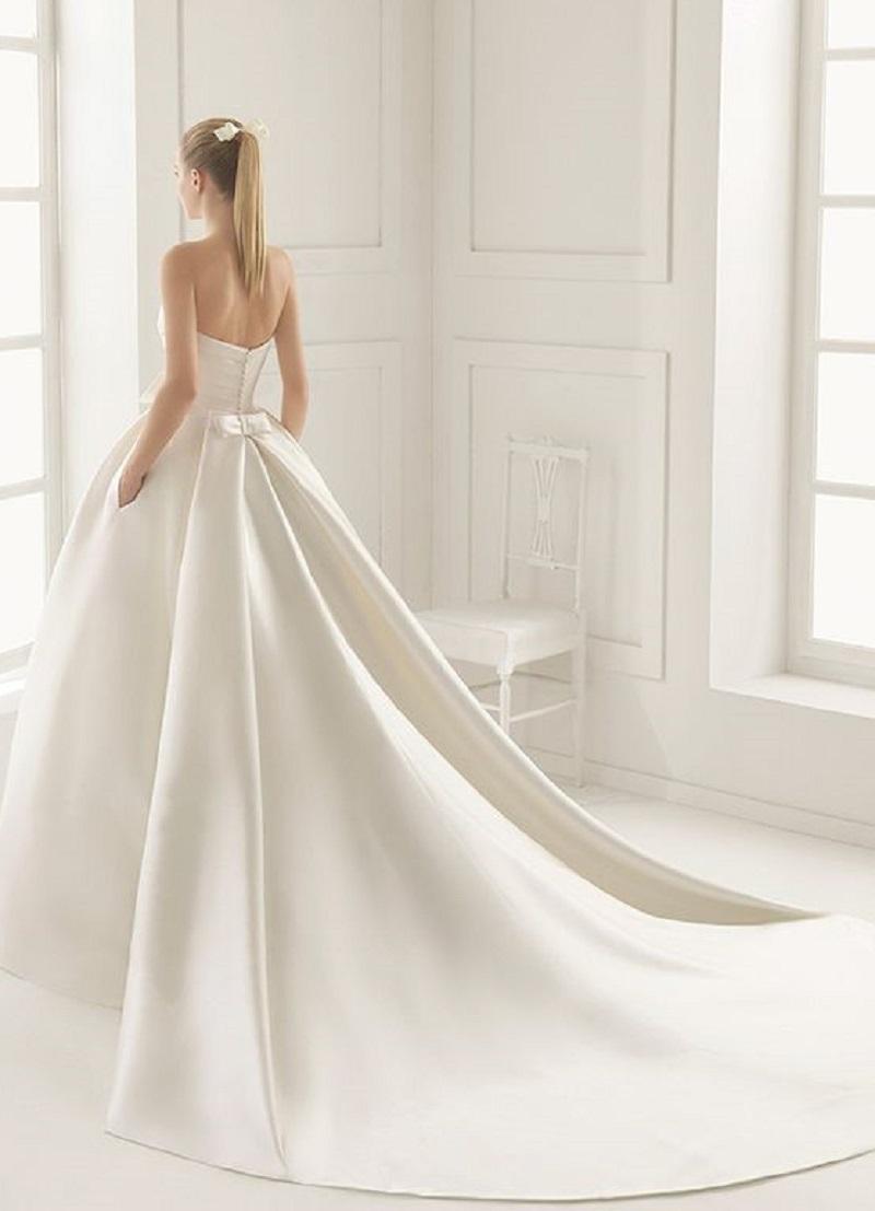 8410084382c Дух захватывает! Самые стильные свадебные платья 2017 года.