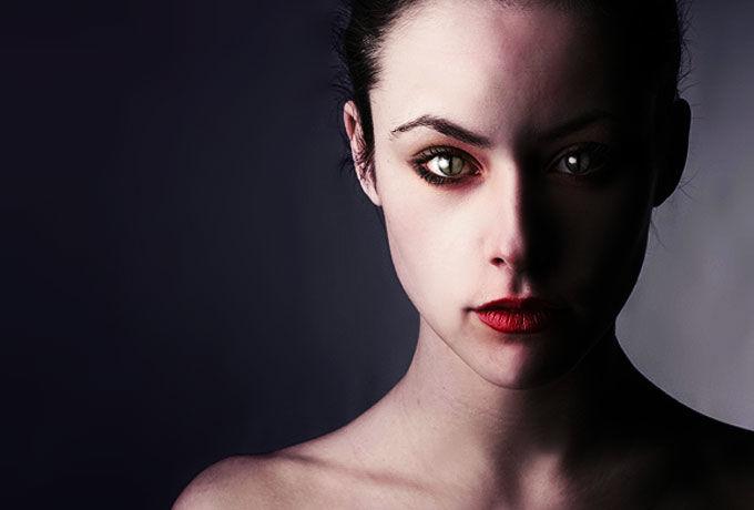 Вампир сосет вашу маму