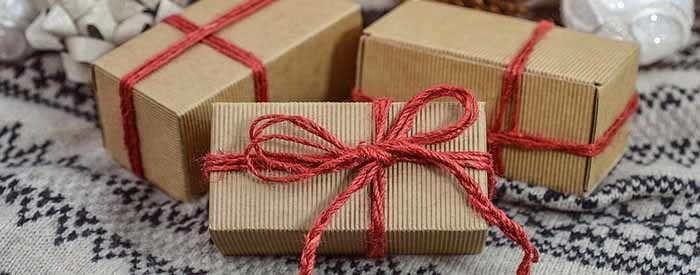 вязаные подарки на новый год идеи легко воплощаемые своими руками