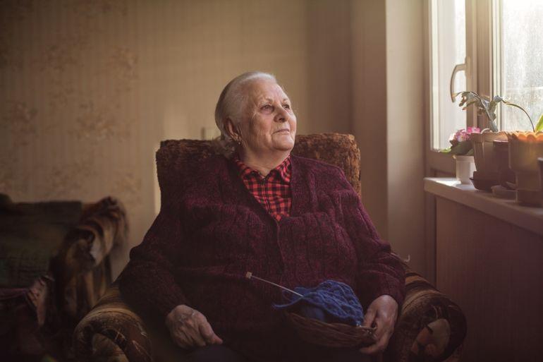 Мне 67 лет, живу одна. Просилась переехать к детям, а они отказывают. Как жить  дальше, не знаю…»