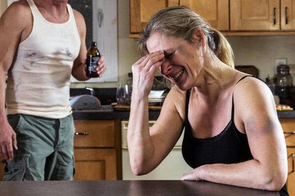 Привычки женщины после 50 лет, которые делают их полными и больными