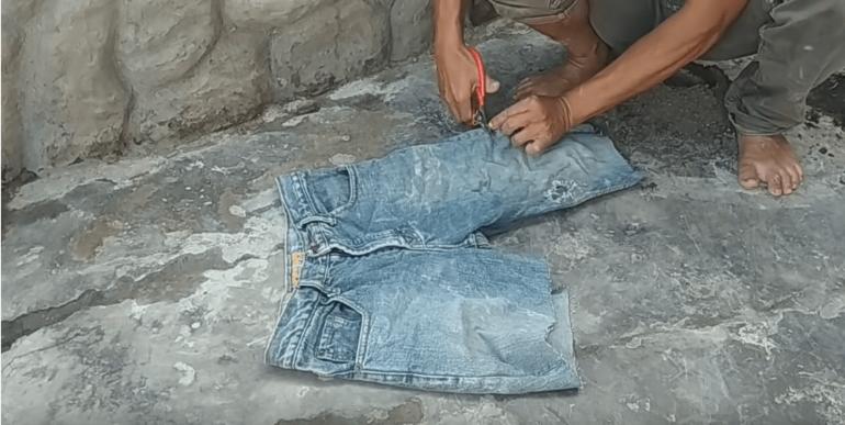 Старые джинсы пригодятся на участке