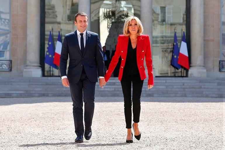 Урок модной дипломатии от первой леди Франции: образы 64-летней Брижит Макрон покоряют изяществом