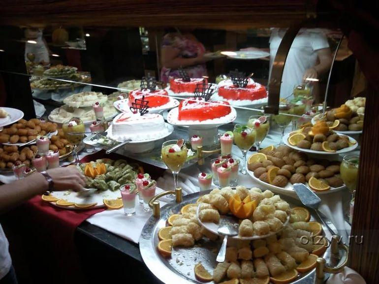 семье сладости в отелях турции фото туристов герая принца крови