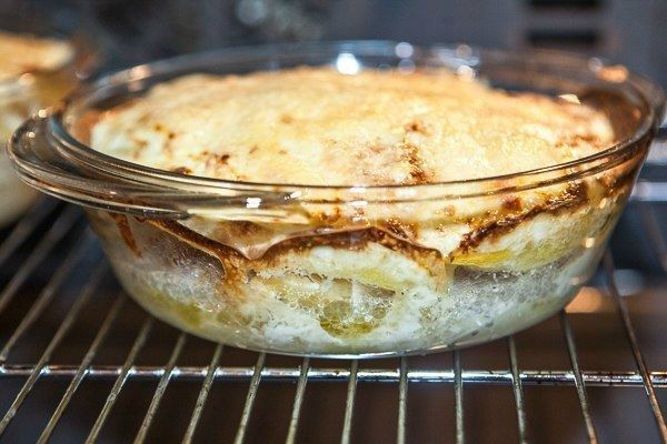 Мясо по-капитански в духовке: сметается с тарелок за 5 минут! Быстро, просто и сытно.