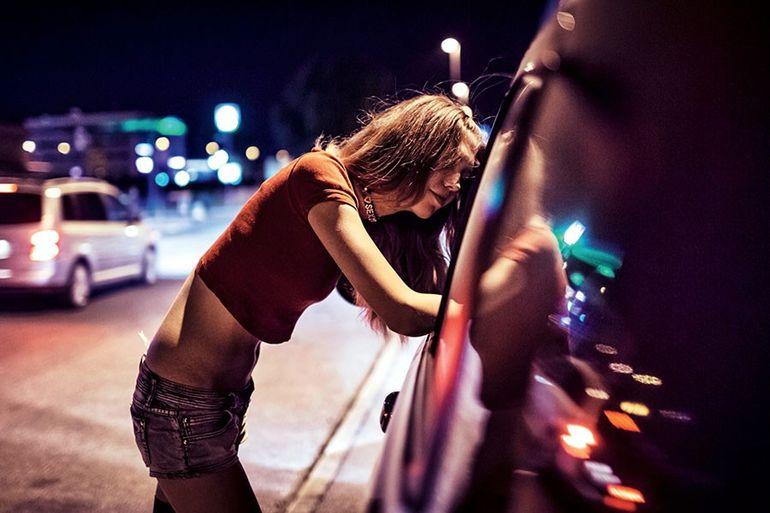 как общаются проститутки