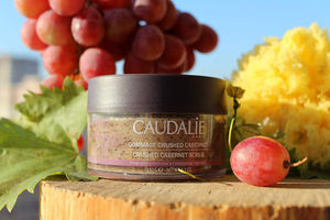 Caudalie Crushed Cabernet Scrub Review / обзор.