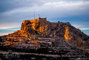 История крепости санта барбара в аликанте