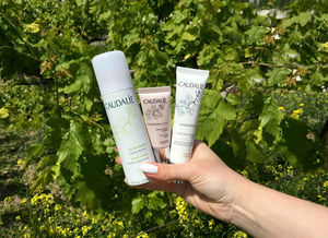 Caudalie Vinoperfect Fluide SPF20, Caudalie Resveratrol Eye Lifting Balm, Caudalie Grape Water / отзывы.