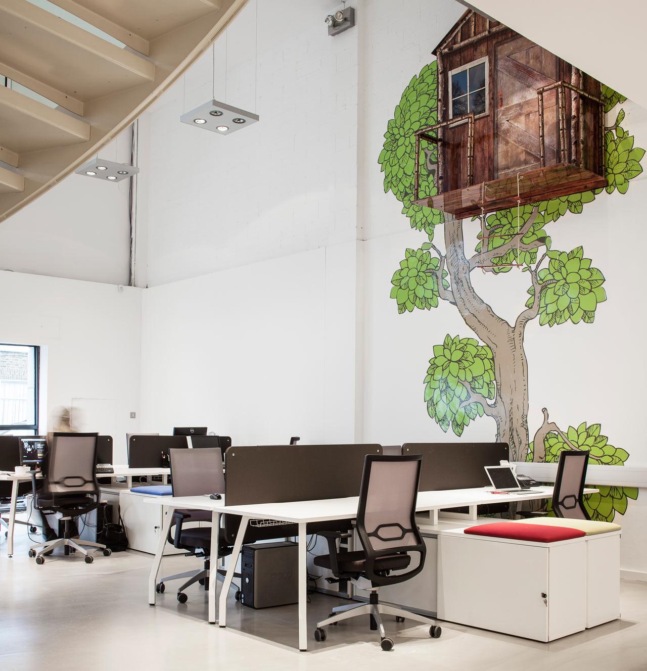 искусственно уютные нестандартные офисы фото обладает уникальным голосом