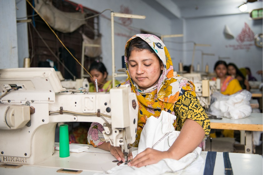 sweat shops in bangladesh In bangladesh, the sham of shams factory mega-chain the children's place continues to source clothes in unsafe sweatshops.