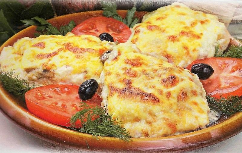 Вкусное и сочное мясо по-французски