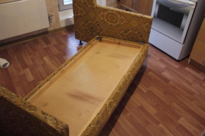 У всех кризис, а у нас красота Преображение советского дивана изоражения