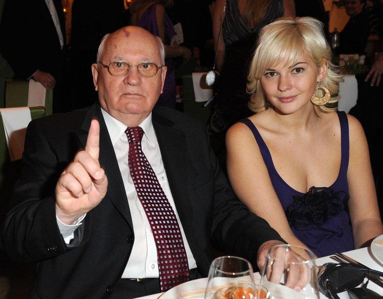Гены подвели: Как выглядят и живут внучки Горбачева.